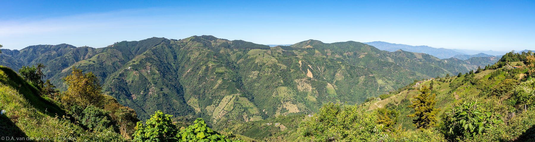 Colombia-1131-Pano.jpg